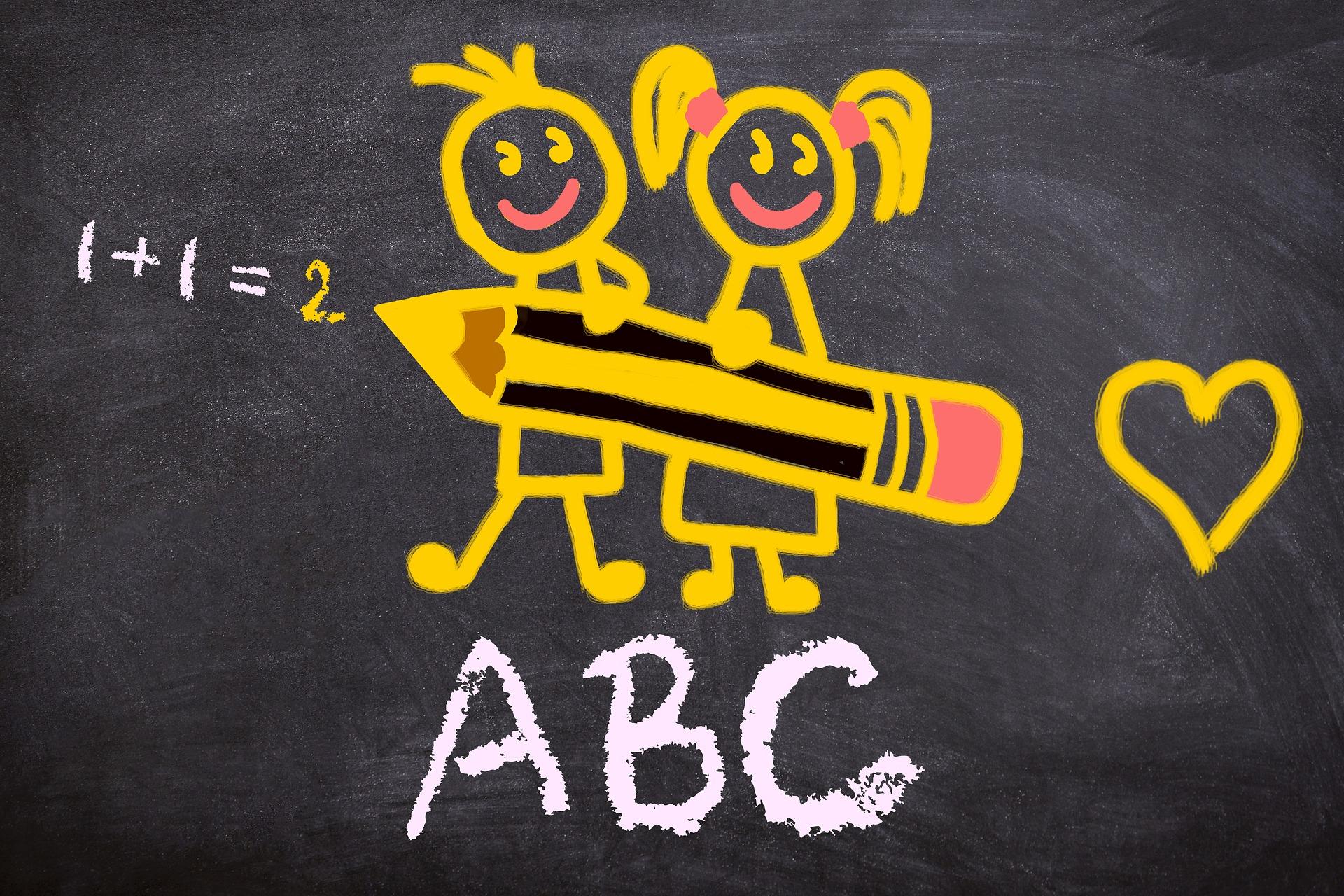 Rysunek kredą na tablicy dla maturzystów